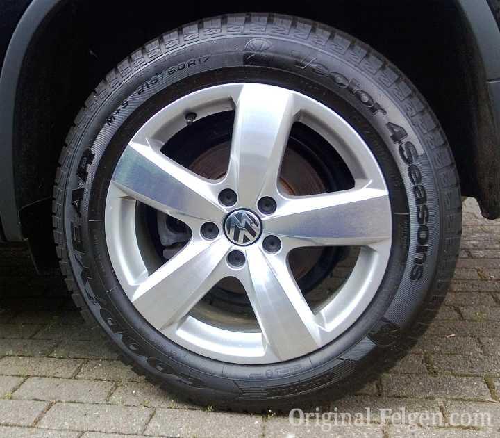 Audi VW Original Felge 5N0 601 025 AE