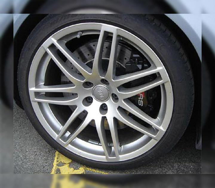12-Speichen aluminium-glänzend