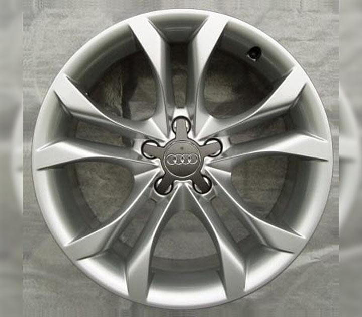 Aluminium-Gussrad im 5-Parallelspeichen-S-Design