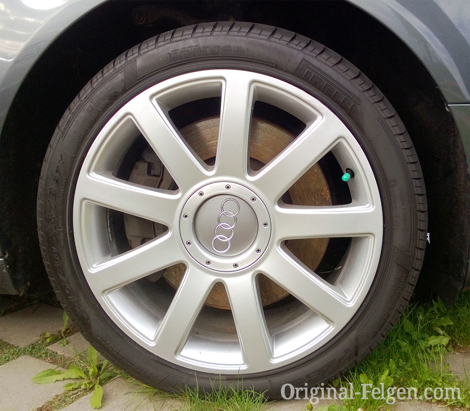 Audi VW Original Felge 4E0 601 025 AB